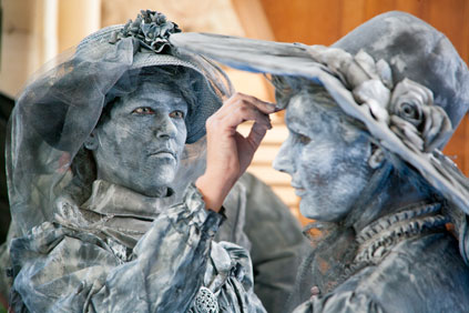 "Wereldkampioenschap Living Statues 2012 - ""the making off"""