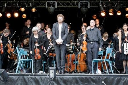 Nieuwe Philharmonie Utrecht o.l.v. Johannes Leertouwer.