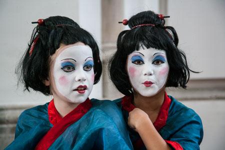 fotografie World Living Statues Festival 2014 - Arnhem - Crazy Geishas