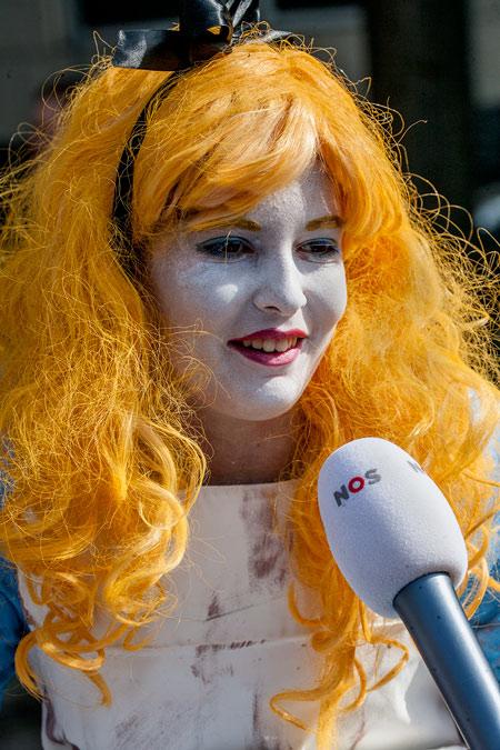 fotografie World Living Statues Festival 2014 - Arnhem - Kids - Jeugdjournaal